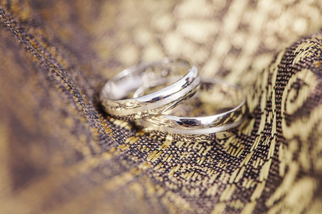 Ślub i wesele na kredyt? Gdzie można uzyskać szybką gotówkę?